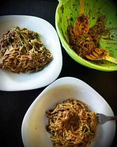 raw spagete od cukina